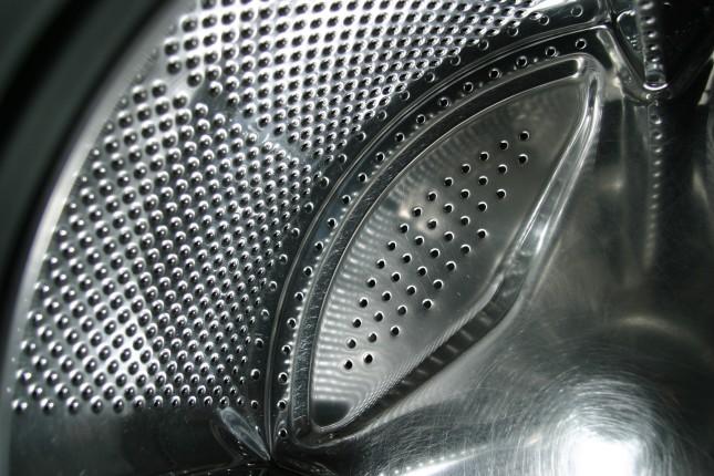 Pulire il filtro della lavatrice: la guida completa